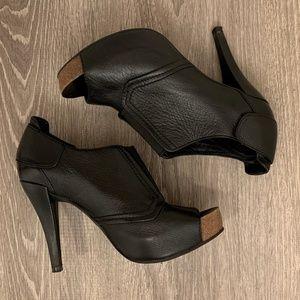 Vince Camuto Black Leather Peep Toe Heel